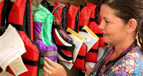 mary_bridge_pediatrics_maple_valley_tracy_white_lifejackets